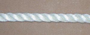 3 strand twist closeup 21